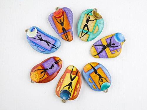 pierres-peintes-a-la-main-a-accrocher-les-sept-planetes