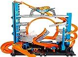 Hot Wheels FTB69 City Ultimate Parkgarage, Spielzeug Auto Garage und Parkhaus für +90 Fahrzeuge, mit Looping Tracks, inkl. Hai, Aufzug, 2 Fahrzeugen, ab 5 Jahren