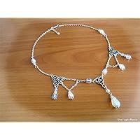 Collana con triquetra triskele opalite pagan handmade