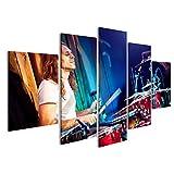 islandburner Bild Bilder auf Leinwand Musiker Spielt Schlagzeug auf Rotem Hintergrund Wandbild Leinwandbild Poster CZQ