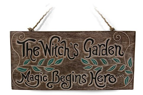 'Schild The Witch 's Garden.' Magic Begins Here