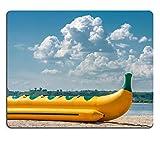 luxlady Naturkautschuk Gaming Mousepads aufblasbar Wasser Schlitten auf der Shore of a Bay Bild-ID 27697203