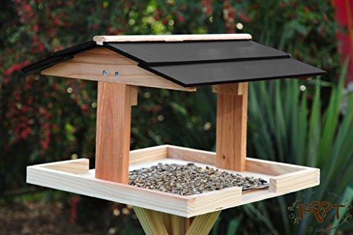 BTV - Casetta per uccelli, su piedistallo, resistente agli agenti