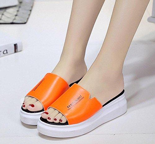 Eine Schrift weibliche Hausschuhe dicke Kruste Muffin Sandalen und Pantoffeln Gezeiten feste Wild Orange