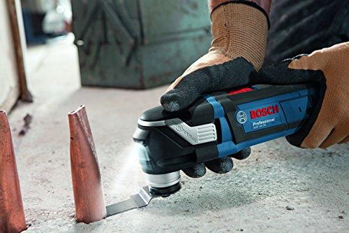 Bosch Professional Multi-Tool GOP 40-30 mit Anwendung