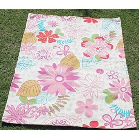 Crewel Rug Floral bed Pinks on White