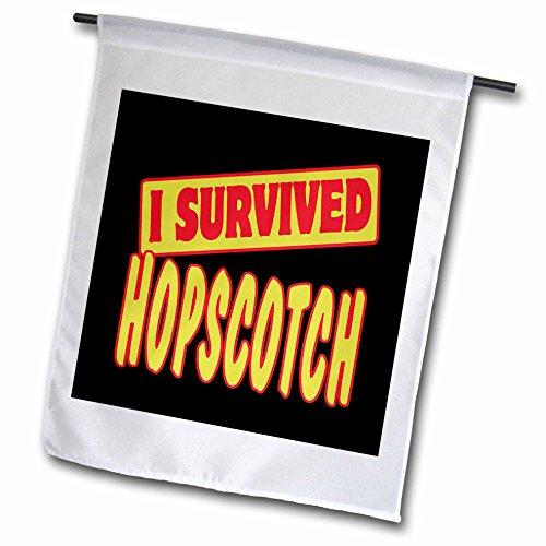 3drose FL _ 118021_ 1Ich überlebte Hüppekästchen Survial Stolz und Humor Design Garten Flagge, 12von 18 (Ich überlebte 12)