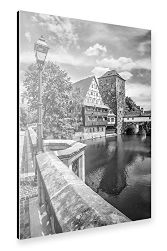 artboxONE Alu-Print 30x20 cm NÜRNBERG Blick von der Maxbrücke zum Henkersteg | Monochrom von Künstler Melanie Viola