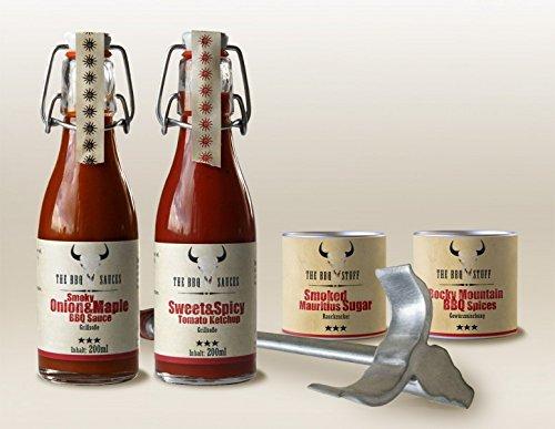 """5192J2rAM1L - Grillbox """"BBQ Kit"""" Grillset Einweggrill Outdoorgrill Grillsauce Grillgewürz Brandeisen Feinkost ausgefallen Gewürz Geschenkset Geschenkbox Grillen (Texas BBQ Ribs)"""