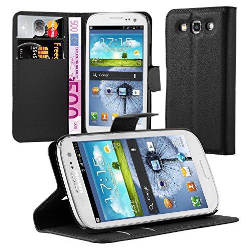 Cadorabo Custodia Libro per Samsung Galaxy S3 / S3 Neo in Nero Carbone – con Vani di Carte, Funzione Stand e Chiusura Magnetica – Portafoglio Cover Case Wallet Book Etui Protezione