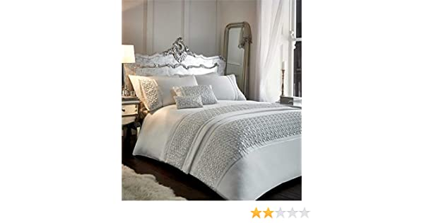 d2faffd5b0c8 Zenia - White - Duvet Cover Set - Super Kingsize: Amazon.co.uk: Kitchen &  Home