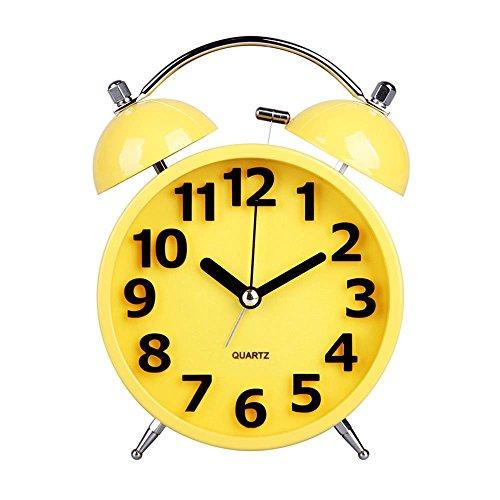 Hense Colorful Mute Silent Quarzuhrwerk Tisch Wecker Twin Bell Nachttisch Schreibtisch Wecker mit Nachtlicht Und Laut Alarm HA05 gelb