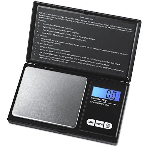 Descripción del producto:    ¿Está buscando la báscula de bolsillo móvil perfecta?  ¡La balanza AMIR es la balanza más adecuada que estás buscando!   La balanza de bolsillo AMIR con sensor de alta precisión puede medir elementos de hasta 100 g / 0.0...