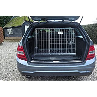 Arrows UK Mercedes C-Series car dog cage