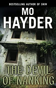 The Devil of Nanking by [Hayder, Mo]