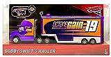 Disney Pixar Cars 3 Bobby Swift s Truck - Service Truck mit aufklappbaren Ladeflächen (Octane Gain)