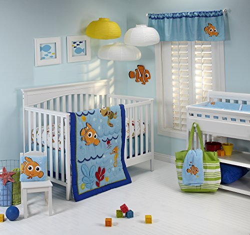 Disney Nemo Wavy Days 4 Piece Crib Bedding Set by Disney