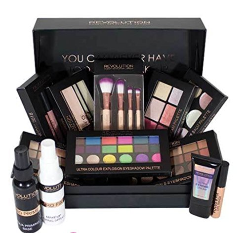 Makeup Revolution 12 Days of Christmas Storage Chest