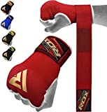 RDX Guanti Interni con Fascia da Polso, elastici, con bende di chiusura per MMA, boxe e tutti gli sport di contatto, Unisex - Adulto, Rosso, M