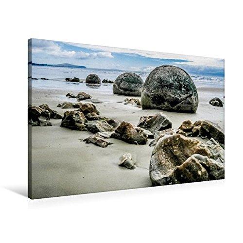 Calvendo Premium Textil-Leinwand 90 cm x 60 cm quer, Moeraki Boulders am Koekohe Beach | Wandbild, Bild auf Keilrahmen, Fertigbild auf echter Leinwand. - Die Welt in Einem Land Orte Orte