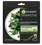 Garnier SkinActive Schwarze Tuchmaske mit Bambuskohle, Schwarzer Tee Extrakt bei glänzender Haut, 5er Pack (5 x 32 g)