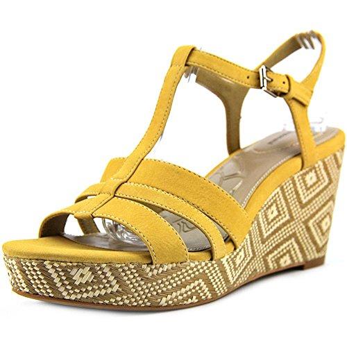 giani-bernini-sadiee-women-us-65-yellow-wedge-sandal