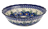 Traditionelle Polnische Keramik, handgefertigte dekorative Schüsseln, eine gewellte Schale mit Muster im Bunzlauer Stil (1500 ml), M.601.PANSY
