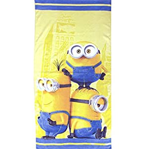 despicable me serviette de plage de sbires trio cuisine maison. Black Bedroom Furniture Sets. Home Design Ideas