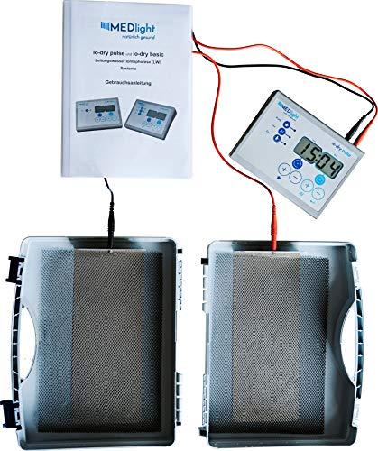 MEDlight Iontophorese-Gerät IO-Dry Pulse gegen Hyperhidrose – KLINISCH GEPRÜFT – Mittel gegen übermäßiges Schwitzen an Händen und Füßen/Elektro-Stimulations-Therapie mit Gleichstrom und Pulsstrom