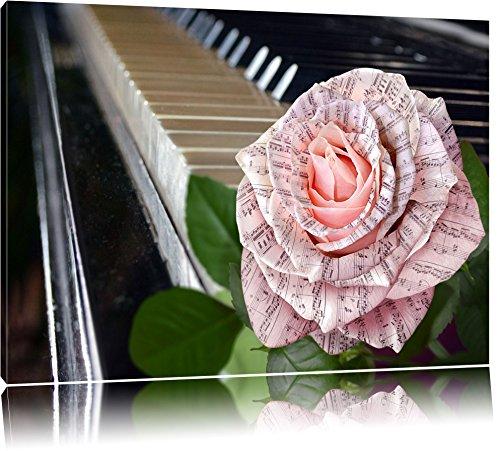 Noten auf zarter Rose neben Klavier Format: 60x40 auf Leinwand, XXL riesige Bilder fertig gerahmt mit Keilrahmen, Kunstdruck auf Wandbild mit Rahmen, günstiger als Gemälde oder Ölbild, kein Poster oder Plakat