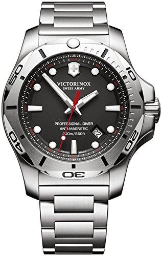VICTORINOX INOX orologi uomo V241781