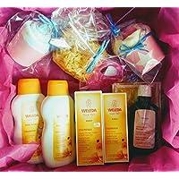 Canastilla WELEDA BIO para Bebé y Mamá | Contiene: Productos Weleda de Caléndula para el Bebé y de la linea Embarazo para la Mamá, Esponja Natural, un Cupcake (= babero + calcetines), Mordedor y Pañal