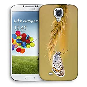 Snoogg Butterfly In Grass Designer Protective Phone Back Case Cover For Samsung Galaxy S4
