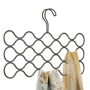 iDesign Classico Schalhalter mit 23 Schlaufen, Hängeorganizer für Schals, Krawatten, Gürtel, Pashminas und Co. aus Metall, bronzefarben