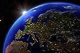 GREAT ART Europa bei Nacht Ausblick aus dem Weltall Wanddekoration - Wandbild Kontinent Motiv XXL Poster (140 x 100 cm)