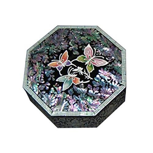 Boîte Souvenir. octogonale en bois laqué incrusté de nacre Grue. Noir et pin arbre