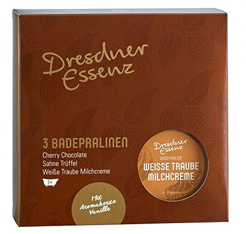 DRESDNER ESSENZ Wellness Geschenkset Badepralinen, 1 x Badepraline Weisse Traube Milchcreme, 1 x Badepraline Cherry Chocolate, 1 x Badepraline Sahne Trüffel, 1 x Aromakerze Vanille