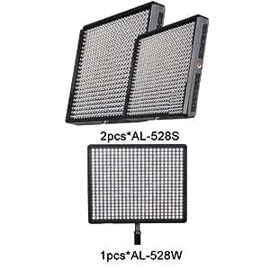 2pcs Aputure® Amaran AL-528S LED Digital lumière éclairage vidéo + 1pcs AL-528W Projecteur appareil photo reflex numérique vidéo/caméscope pour canon EOS 600D/1100D/550D/60D/5D / nikon D3100/D5100/D3200/D7000, sony, olympus