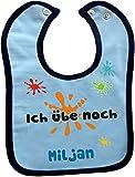 Baby Lätzchen mit farbigen Saum ICH ÜBE NOCH (hellblau-navy)