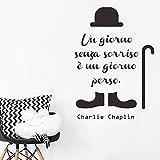 DecalMile Frasi Adesivi Murali Charlie Chaplin Un giorno senza un sorriso è un giorno perso Nero Adesivi da Parete Citazioni Camera da Letto Soggiorno Decorazioni Parete