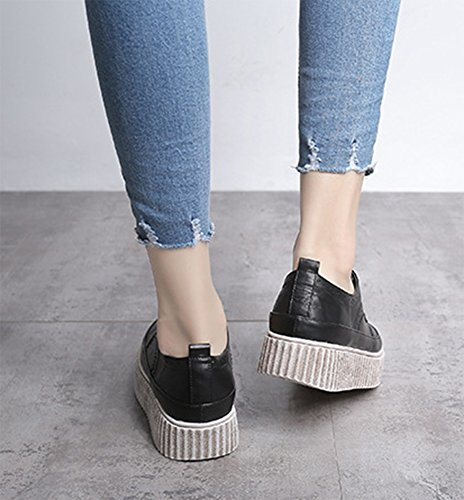Aisun Damen retro Brogue Durchgängiges Plateau Schnürsenkel Flach Sneakers Schwarz
