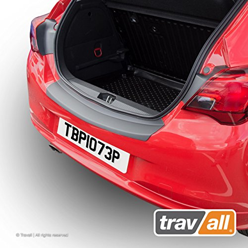 Preisvergleich Produktbild Travall Protector TBP1073P - maßgeschneiderter Ladekantenschutz aus glattem ABS-Kunststoff