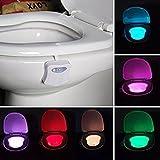 Détecteur de mouvement Lampe Lunette WC Cuvette WC Bol à éclairage de nuit, kingcenton Batterie d'économie d'énergie LED, détecteur de mouvement lumière pour salle de bain toilettes pot de 8 couleurs