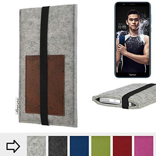 für Huawei Honor 7X Handyhülle Case SINTRA mit Kartenfach (Braun) und Gummiband-Verschluss (schwarz) - maßgefertigte Smartphone Tasche Schutz Hülle aus 100% Wollfilz (hellgrau) für Huawei Honor 7X