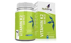 Vitamina K2 alta resistenza 600 mcg - Vegetariani capsule - Vitamina K contribuisce al mantenimento delle ossa normali - Essenziale supplemento per uomini e donne - Menachinone MK-7 da natto NutriZing