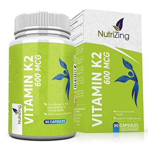 Vitamin K2 MK7 Kapseln. Hochdosiert alle trans 600 mcg von NutriZing. Fermentiertes K2 Vitamin auf Nattobasis. Unterstützt die Pflege normaler Knochen. Mikroverkapselt & Vegan Hergestellt in EU