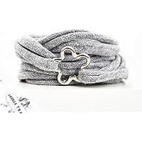 Armband Wickelarmband aus Stoff weich hellgrau oder in Wunschfarbe mit Blume silber aus Metall individuelle Valentinstag Geschenke
