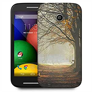 Snoogg Cutting The Forest Designer Protective Phone Back Case Cover For Motorola E / Moto E