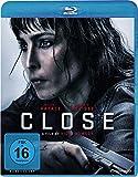 Close [Blu-ray]