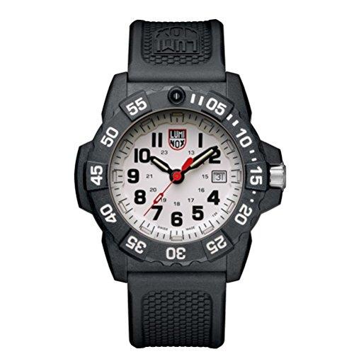 Luminox Herren Datum klassisch Quarz Uhr mit PU Armband XS.3507